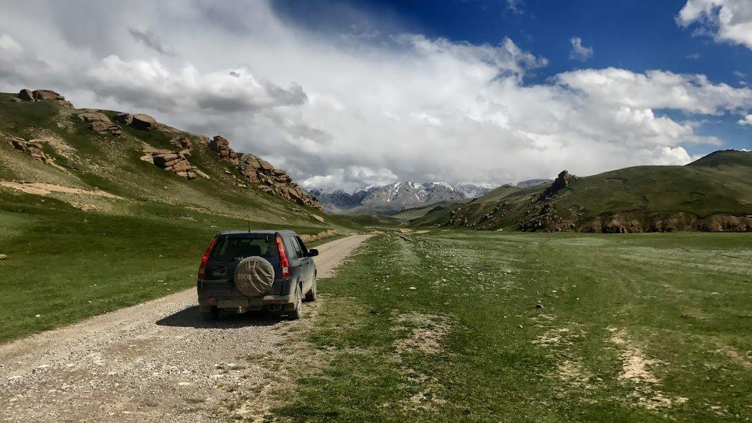 По Киргизии на джипе